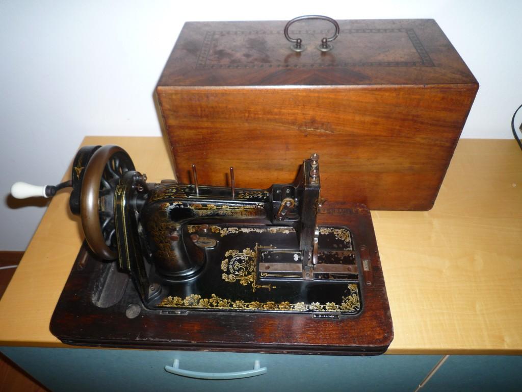 Antica macchina da cucire frister rossmann epoca 800 for Macchina da cucire femac