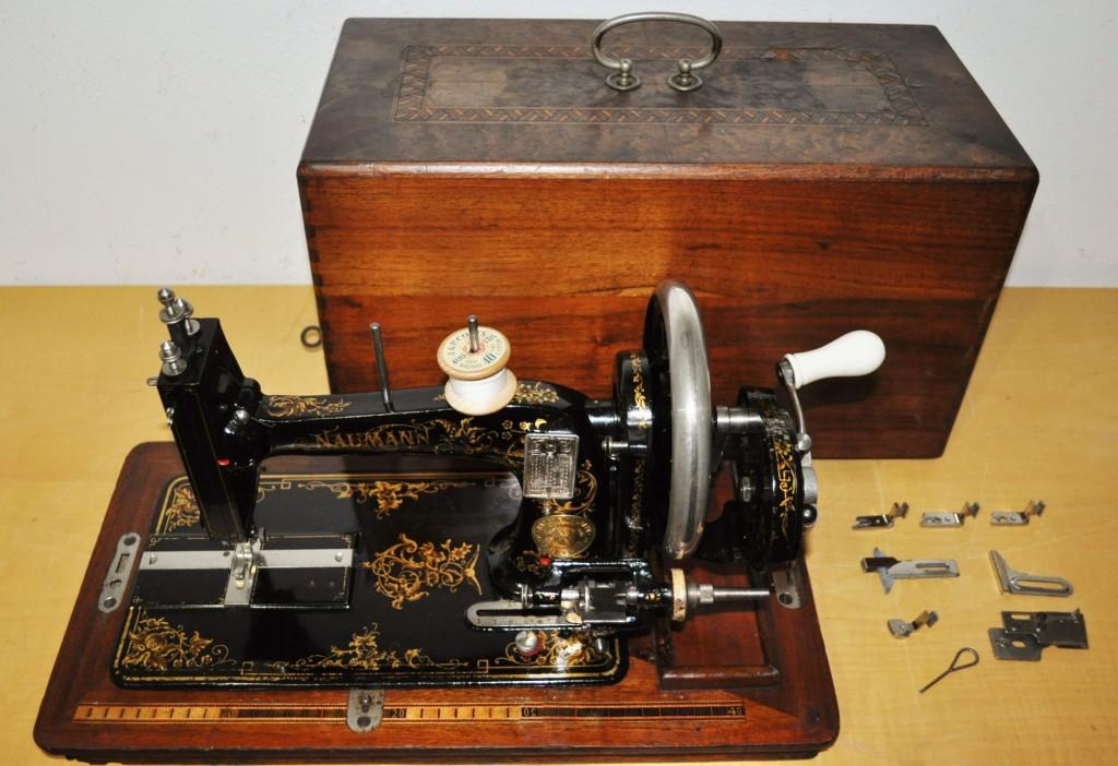 Antica macchina da cucire tedesca naumann epoca 1880 for Cucire macchina