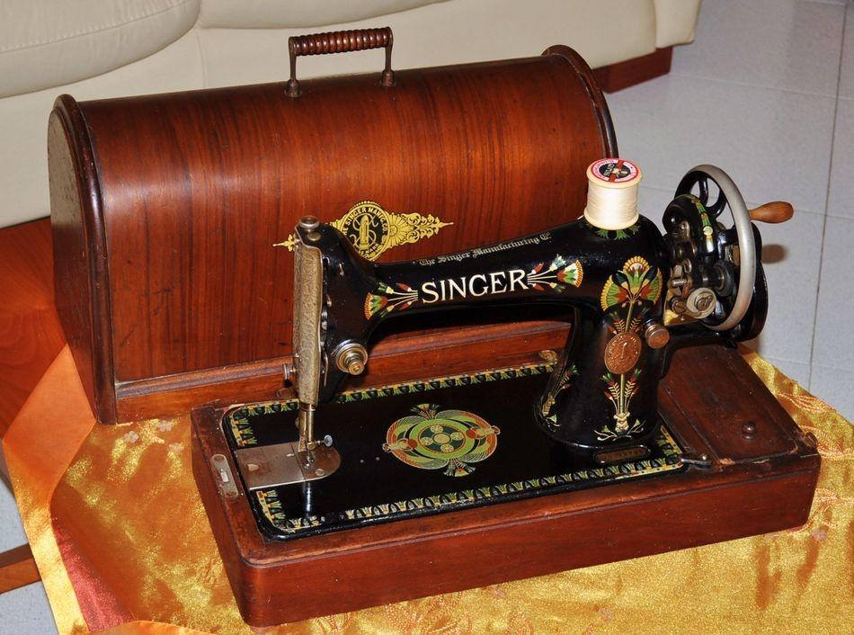 antica macchina per cucire singer 66k del 1917 cose